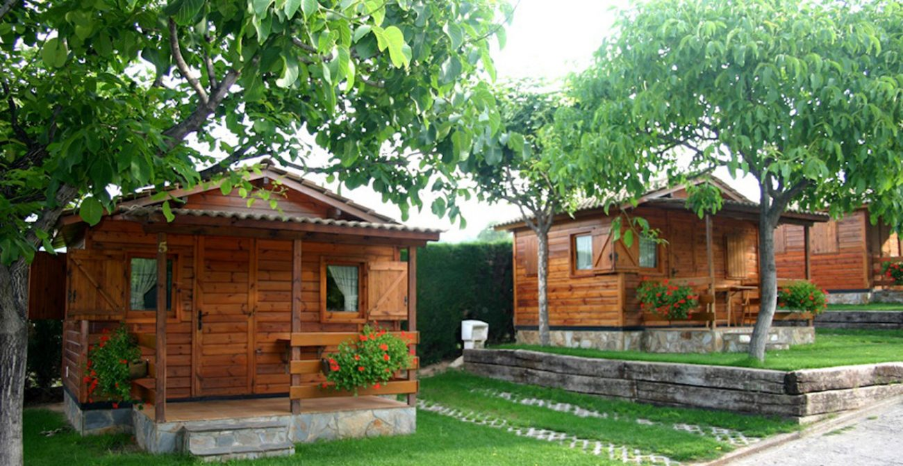Bungalows berga resort un refugio de paz - Bungalow de madera ...