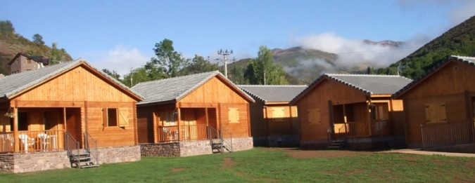 Cabañas y bungalows Laspaúles