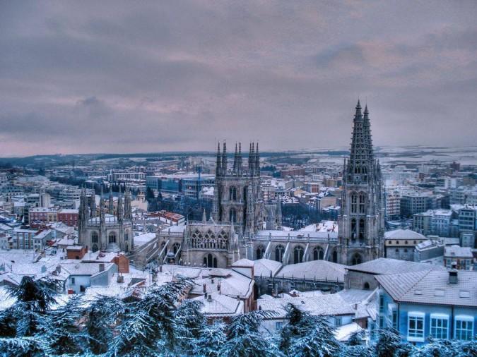 Ciudad de Burgos. Imagen de Bungalows Fuentes Blancas