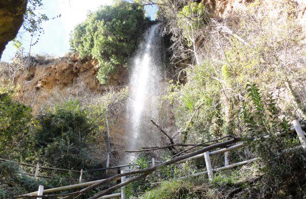 Salto de la Novia. Imagen de Bungalows Altomira