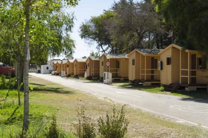 ¡Disfruta de un merecido descanso en Cádiz en un precioso bungalow!