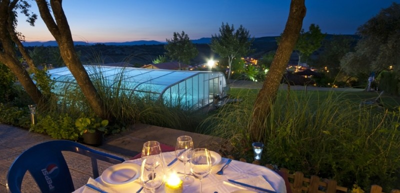Estancias en pleno parque natural ¡y con una piscina cubierta de agua salada!
