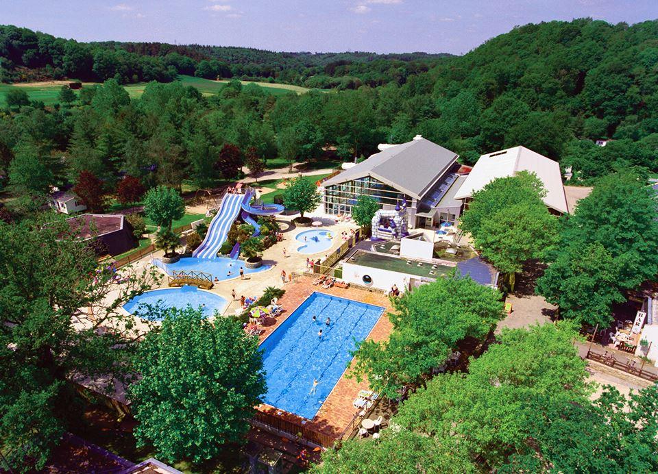 Las 8 mejores piscinas para disfrutar en vacaciones for Mejores piscinas