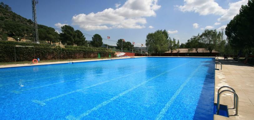 Las 8 mejores piscinas para disfrutar en vacaciones for Piscinas en la sierra de madrid