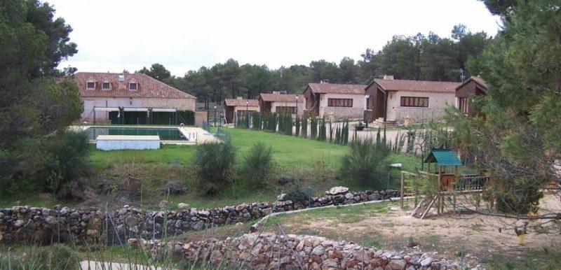 Casa Rural Cerrete De Haro BungalowsClub