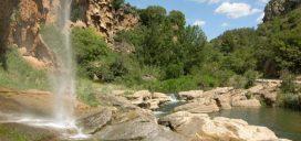 río naturaleza agua montaña bungalow